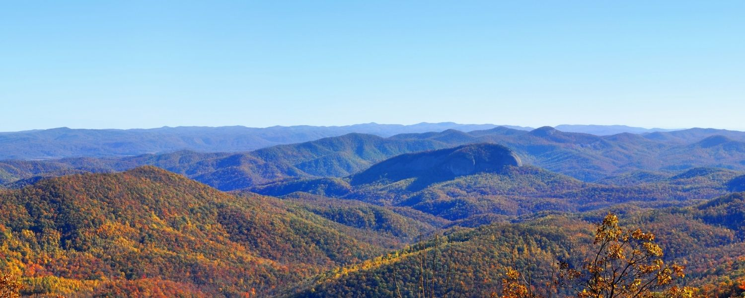 4 Tips for Visiting the Smoky Mountains This Fall